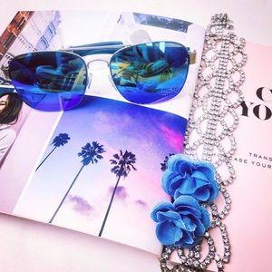 Accessories - NWT Aqua Blue Sunnies